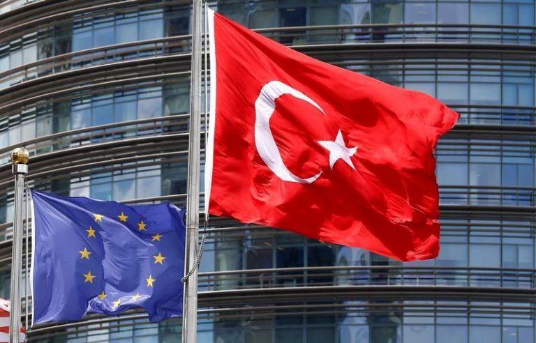 Τουρκικά τερτίπια πριν τη Σύνοδο: Θέλουν να αποφύγουν τις κυρώσεις αλλά συνεχίζουν να προκαλούν