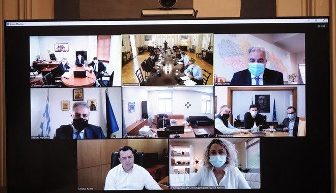Μητσοτάκης: Όσοι γιατροί υπηρετούν με συμβάσεις αορίστου χρόνου στις ΜΕΘ θα μονιμοποιηθούν