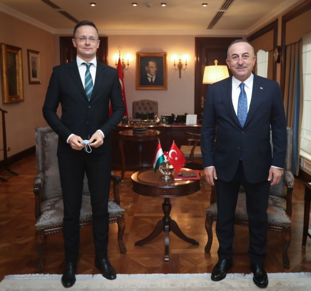 Τουρκία : Φόβος για τις κυρώσεις στην Αγκυρα – Κάνει «σημαία» τον διάλογο τώρα