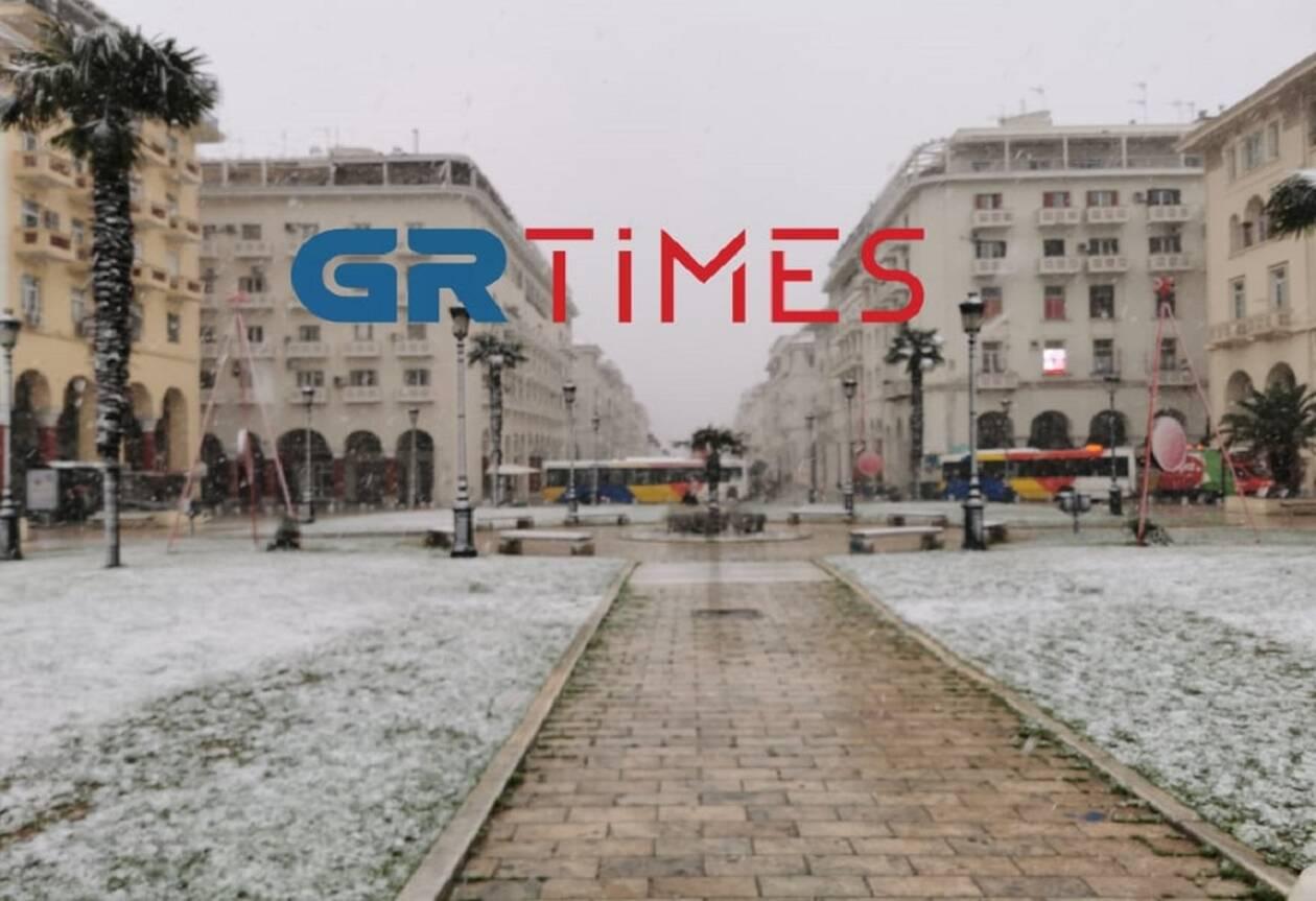 https://cdn.cnngreece.gr/media/news/2021/01/16/250781/photos/snapshot/THESSALONIKI-XIONI.jpg